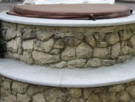 Mauerabdeckung in Granit Crystall Grey